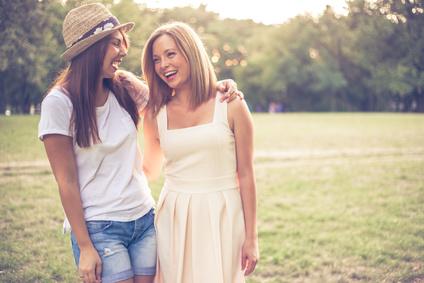 due amiche al parco